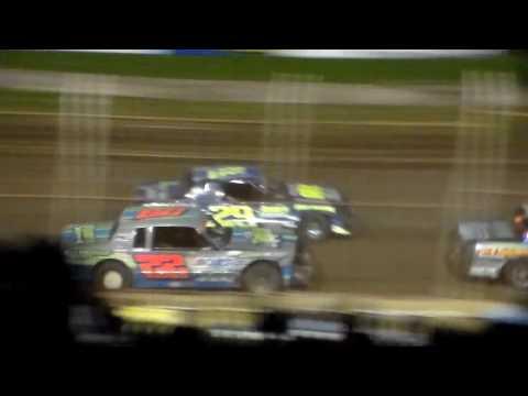 Hobby Stock Amain @ Upper Iowa Speedway 05/29/16