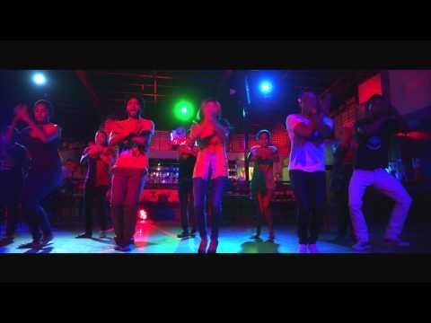 Oo La La Pub Song From Naadi Thudikuthadi