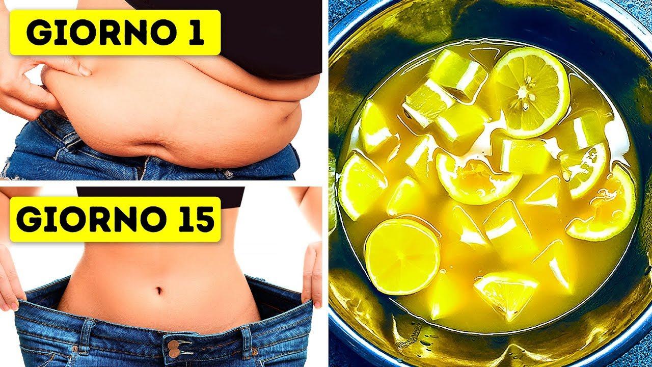 perdere peso bevendo acqua calda con il limone