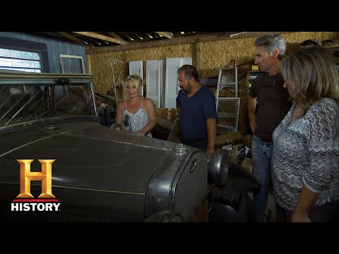 "American Pickers: Savannah Pitches Her ""Pouting Truck"" to Frank (S18, E 8) 