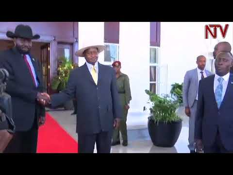 SOUTH SUDAN PEACE: President Museveni meets Bashir, Kiir and Machar