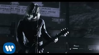 Alter Bridge || Addicted To Pain (OFFICIAL VIDEO)