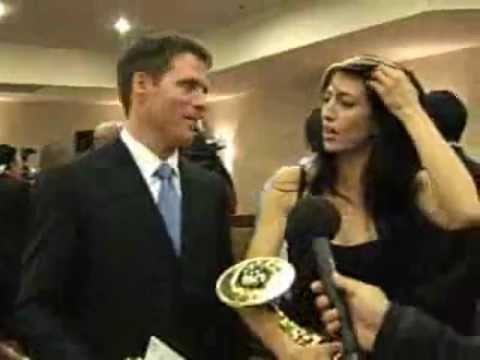 Claudia Black with Saturn Award 2005