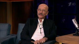 Вечерний Ургант. В гостях у Ивана - Александр Розенбаум. (13.09.2016)