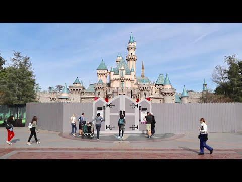 Big Changes At Disneyland Resort - Construction Update / Return Of Haunted Mansion & Much More !