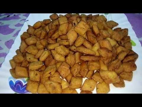 गव्हाच्या पिठाचे गोड शंकरपाळे - No Maida Shakkarpare - Whole Wheat Shakkarpara