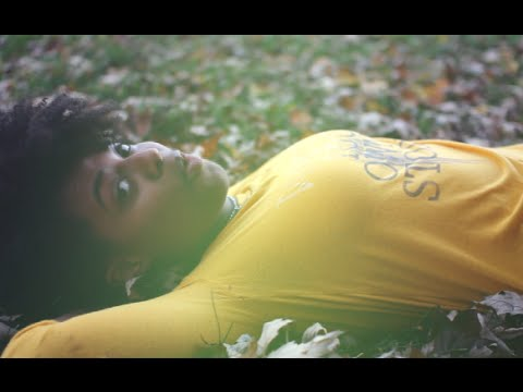 FrivolousShara - Sitting in the Park (Official Music Video)