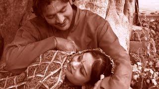 For latest updates subscribe here: http://www./tseriesregional song: heere jaane wali album: chhori chaala karegi - haryanvi dj lokgeet singer: sh...
