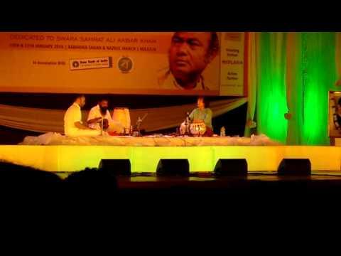 Ustad Zakir Hossain in Nazrul Mancha at Swara Samrat Festival with Guru Karaikudi Mani