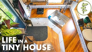 Couple's 20ft Tiny House has LOADS of Clever Features & Epic Home Office Set-up