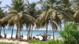 Jumeirah Beach Park, Dubai, UAE. (HD)(Джумейра бич парк, это место, где можно отлично отдохнуть в Дубае, особенно с детьми. Прекрасный ландшафт,..., 2012-04-20T10:31:45.000Z)