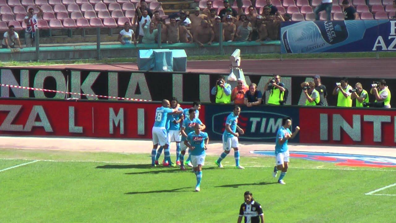 Napoli-Parma 3-1 16-09-2012 Gol Cavani Live in Hd dalla Curva B ...