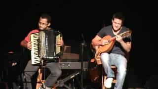 Juninho e Victor Angeleas - Libertango (Astor Piazzolla)