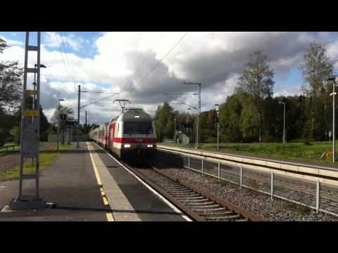 [VR] InterCity nr. 73 pulled by class Sr 2 eletric locomotive from Helsinki to Kuopio...