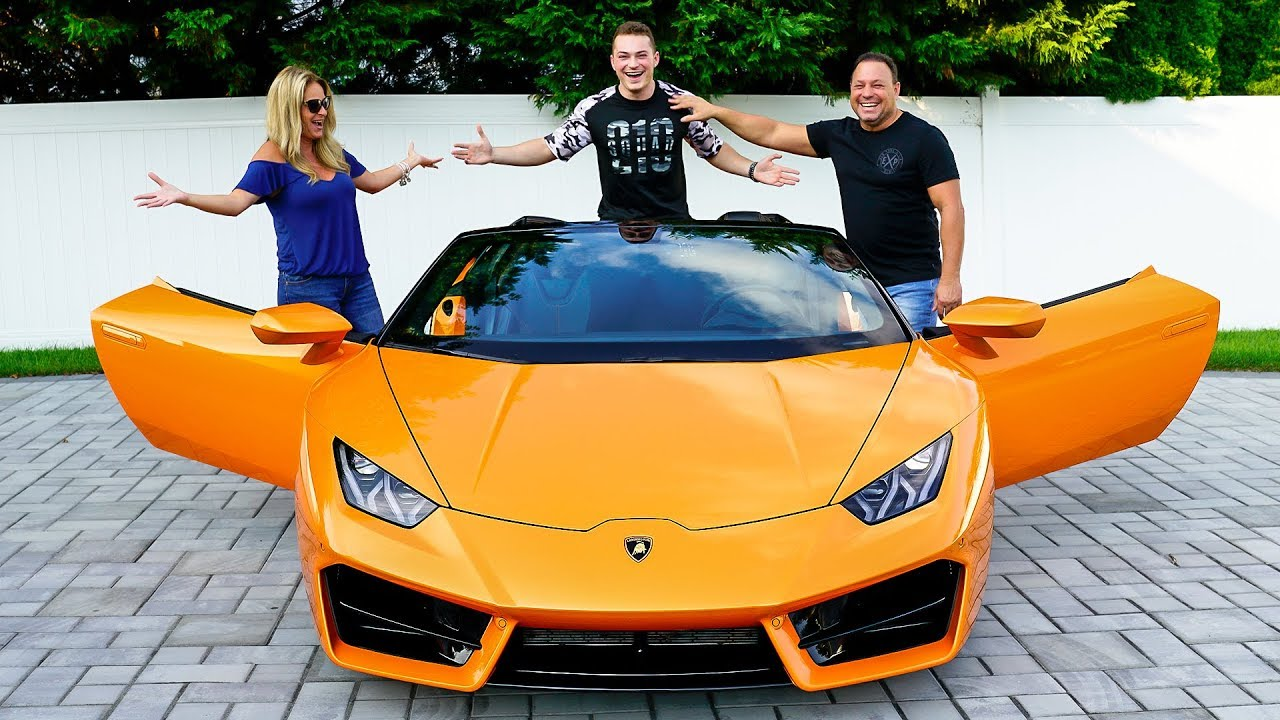 surprising-my-parents-with-lamborghini-brand-new