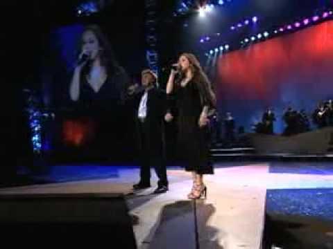 Juan Gabriel y Nidia Rojas cantan No vale la pena