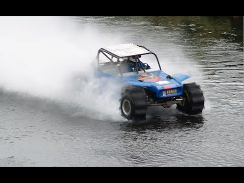 Dune buggy drives across 1000 feet of deep river water [1:59]