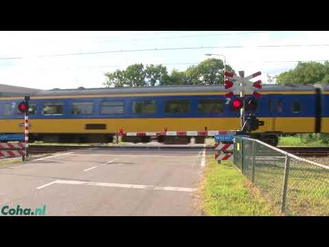 Dutch railroad levelcrossing herfterlaan, Zwolle, Overijssel, Nederland