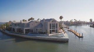 Linda mansão estonteante de frente pro mar na Califórnia! Permita-se sentir-se nesse lugar! thumbnail