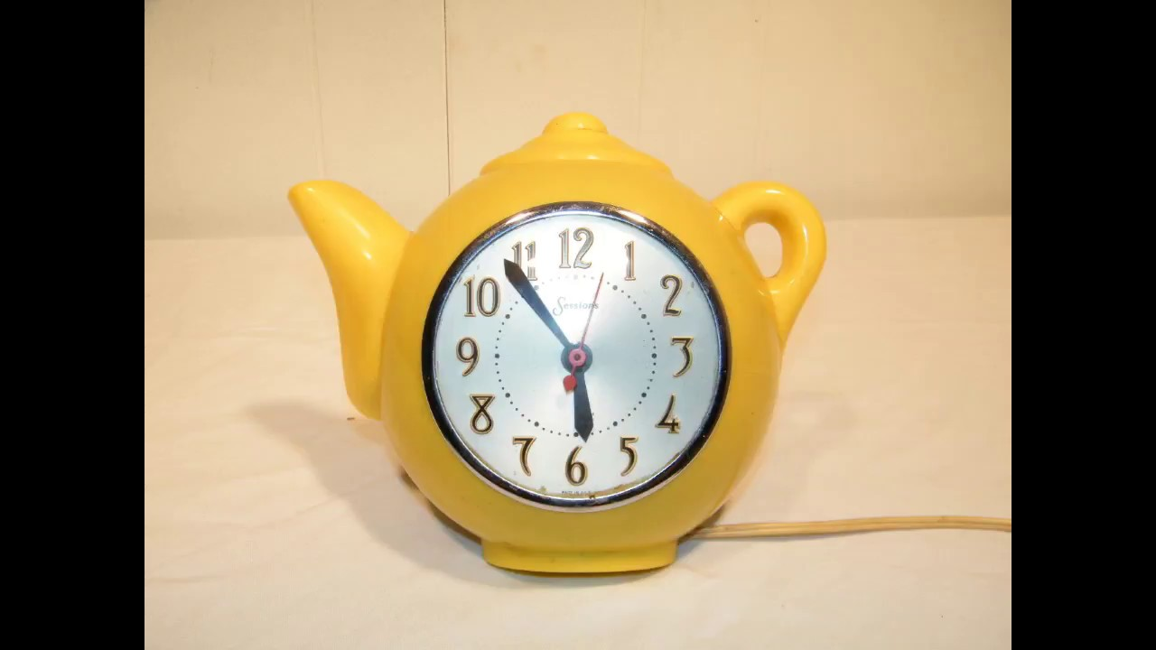 Vintage Yellow 1950s Sessions Electric Plastic Kitchen Teapot Wall