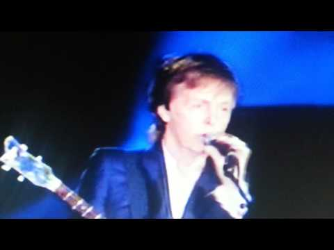 Paul McCartney -  Its been a hard days night / cant buy me love Pinkpop 2016