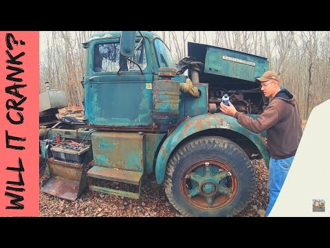 First Attempt At Starting 1957 AUTOCAR Truck - Hasn't Run In 15 Years!
