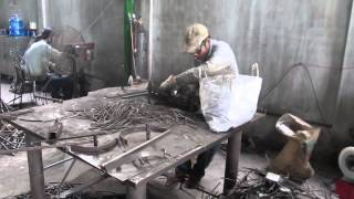 Manufacturer of mosaic table and wrought iron furniture - Fabricant table mosaique fer forg