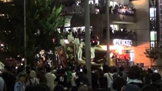 岸和田だんじり祭りフィナーレのトリ前は、宮本。 完全トリは、下野町で...