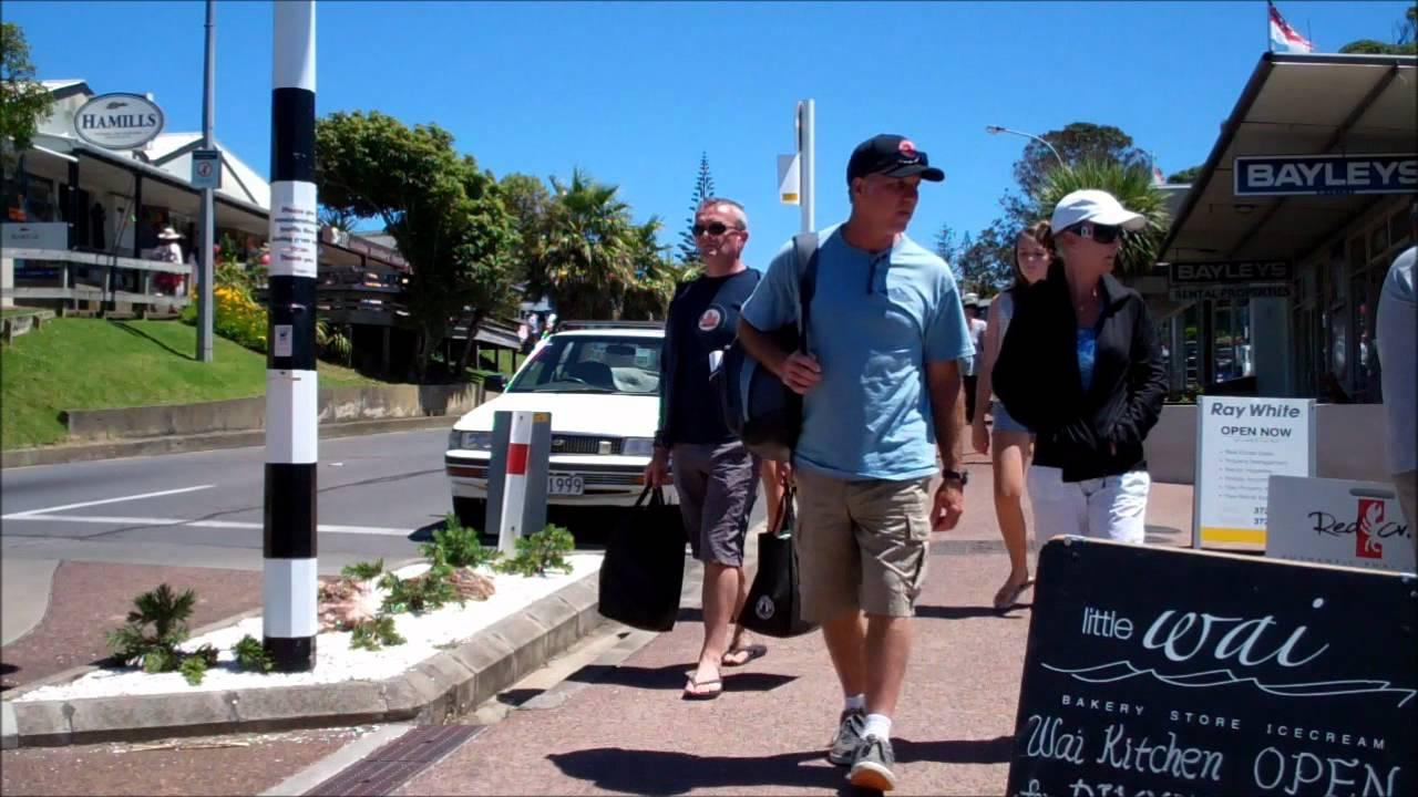 Daily Life Anywhere - Oneroa, Waiheke Island, New Zealand ...