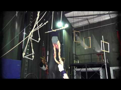 SOHO Skills - Doubles Trapeze