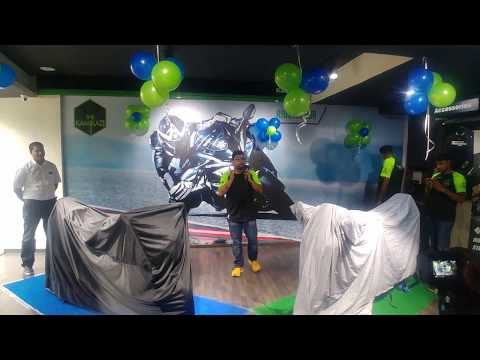 2019 Kawasaki Ninja ABS 300 launch in Bangalore showroom (4K Video)