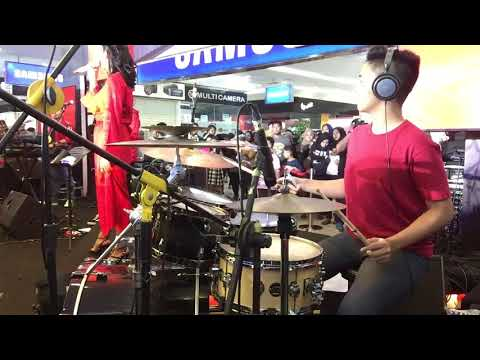 MARION JOLA -- SHAPE OF YOU (COVER) -- CLAY NETHANEL DRUM CAM AT SUPERMALL LIPPO KARAWACI 2019