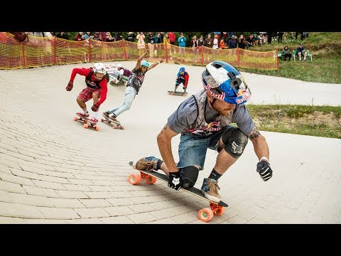 Head-to-Head Skateboard Race on a Pump Track