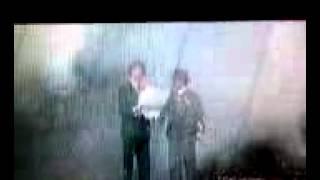 Johnny Dangerously (1984) - FARGIN WAR!