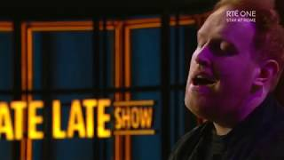 "Gavin James singing ""Over the Rainbow"" 