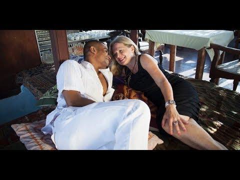 Mann Alte weiße Frau Schwarzer Alte weiße