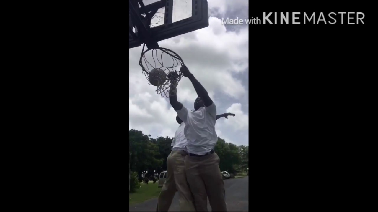 World Biggest In The Dunk: Omfg!!!!! Biggest Dunk Ever Seen 😵😵