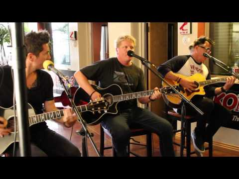 The Offspring: Come Out and Play (Acoustic)