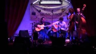 Les Fils du Voyage & Nadia - Parle plus bas ( Le Parrain)  // Jazz - Gyspy - Swing // Toulouse