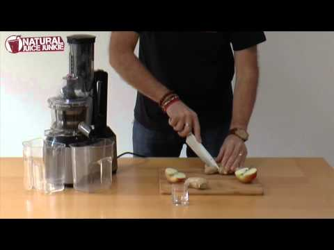 Juicing: Ginger Slammer in the Optimum 600 Big Mouth Cold Press Juicer