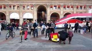 Rumba de bodas: When the Saints Go Marching In. Bologna, 2012 ( 2 di 2 )