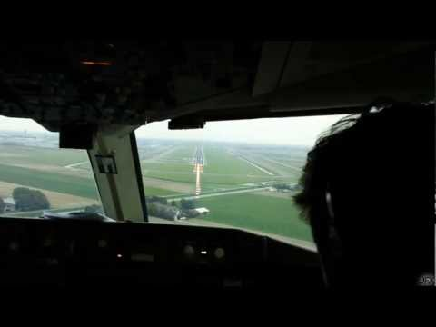 Cockpit Video - Boeing 767 Landing Schiphol (Long Version)