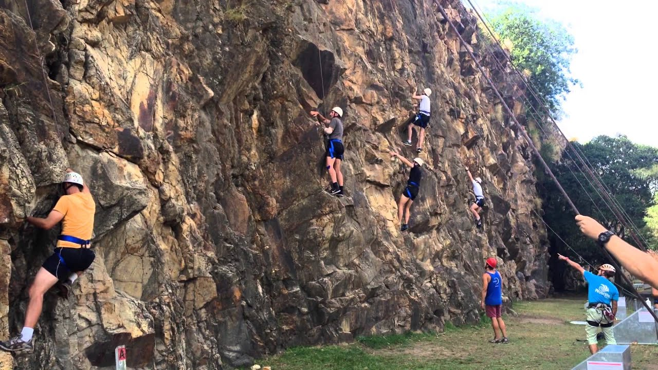 Rock Climbing on the Kangaroo Point Cliffs - YouTube