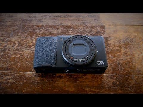 Ricoh GRii Review vs The Fuji X70