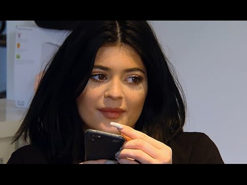 Kylie Jenner Supports Bruce Jenner Sex Change - KUWTK Preview
