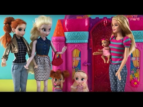 Best Elsa Anna Disney Princess & Barbie Dolls Videos! Beach Airplane Baby Sitter +Camper Van!