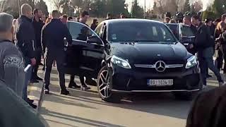 Jelena Karleuša i Duško Tošić odlaze sa groblja - 06.03.2019.