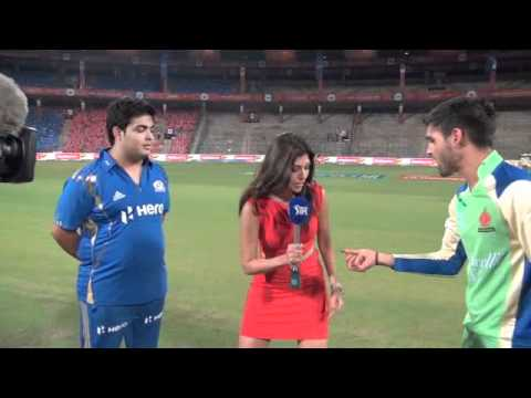 Royal Challengers Bangalore vs Mumbai Indians Owners Match - Funny Toss Incident!
