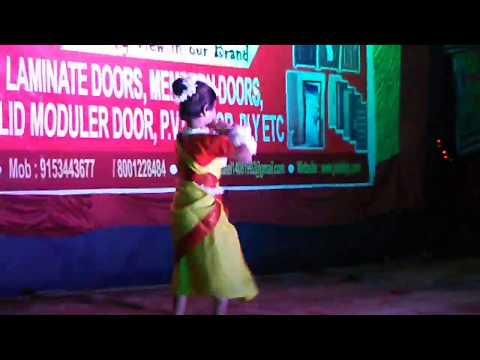 dance-of-megher-kole-rod-heseche-aj-amader-chuti-||-ayan-banerjee-blogs