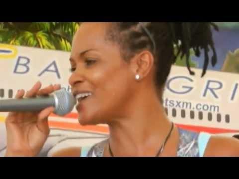BettiV & Perci Rankin, Fire, Sunset Beach Bar, St.Maarten